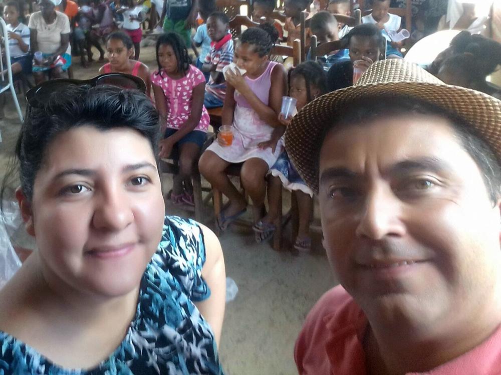 Missionário Taate e Mirian realizam o natal missionário de fé na Bahia