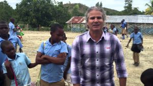 Vamos fazer uma criança sorrir no HAITI neste natal