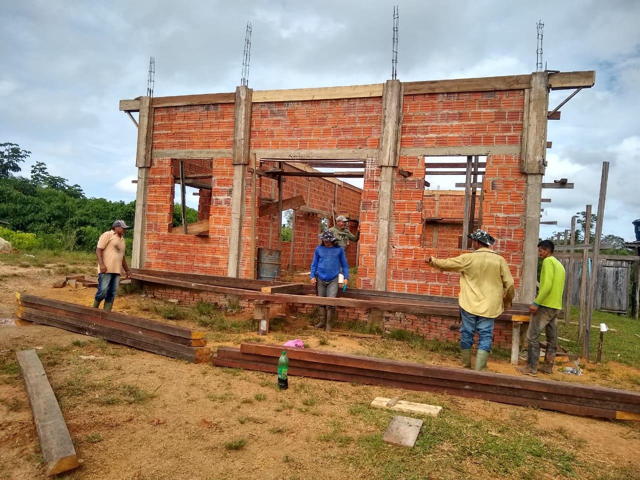 Missionário Roziel inicia construção de igreja na área rural do Acre