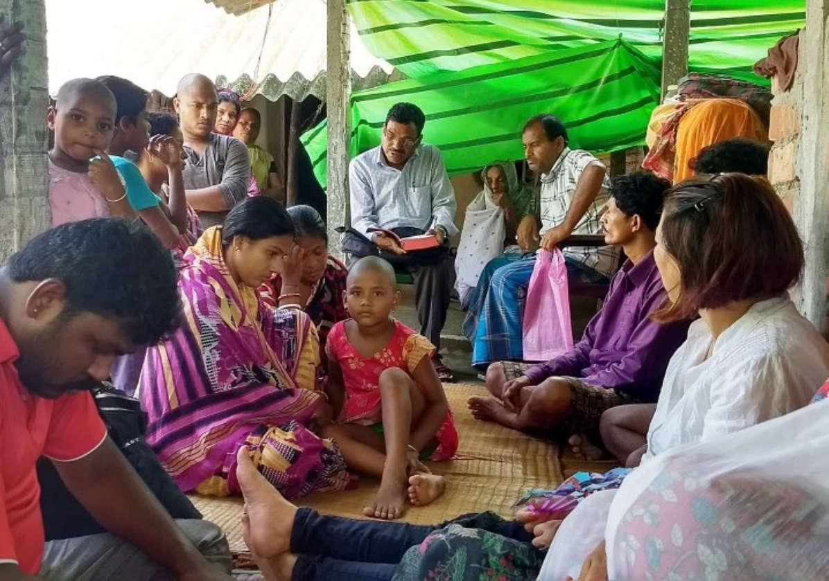 Campanha de evangelismo na vila de Jota na Índia