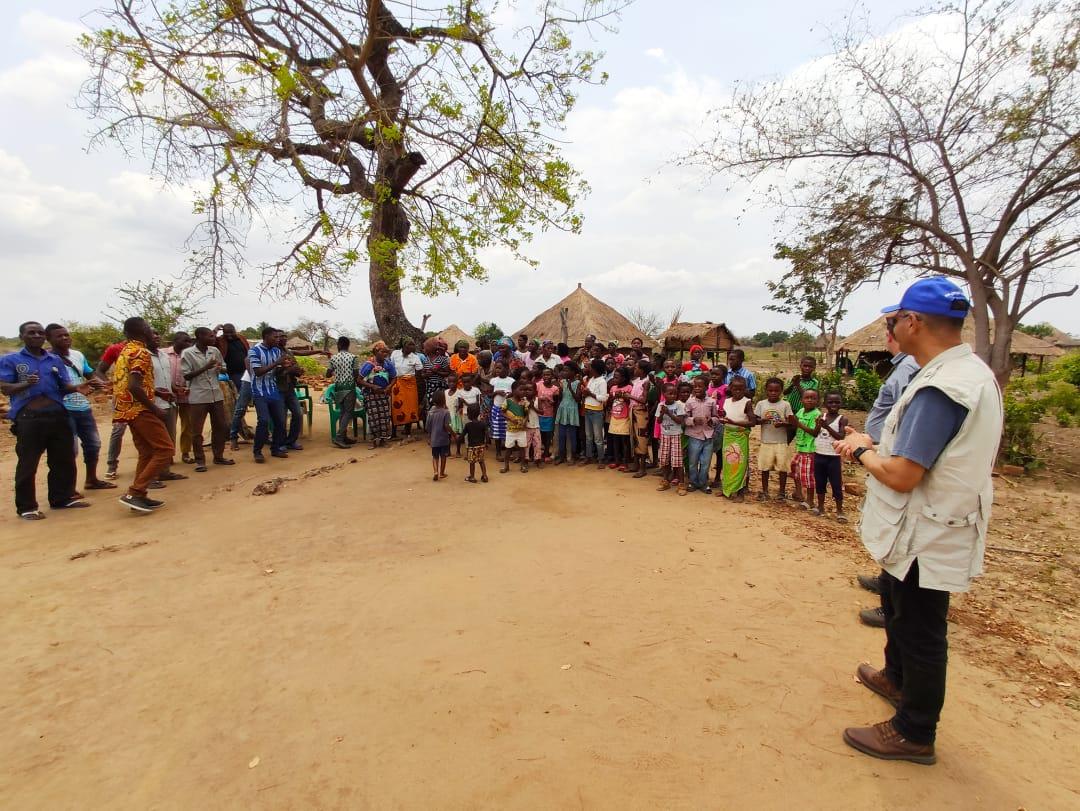 Trabalho missionário na Aldeia de Bebedo na África