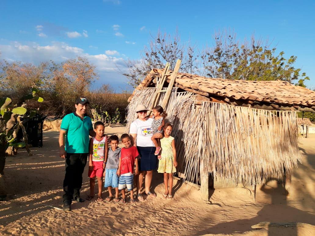 Trabalho de evangelismo e dinâmica de grupo no sertão da Bahia