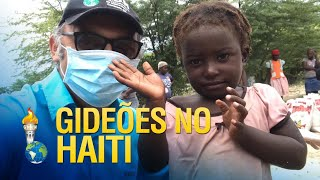 Gideões entrega cestas básicas no Haiti