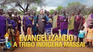 Gideões Evangelizando a Tribo Indígena Massai