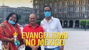 Gideões evangelizando no México