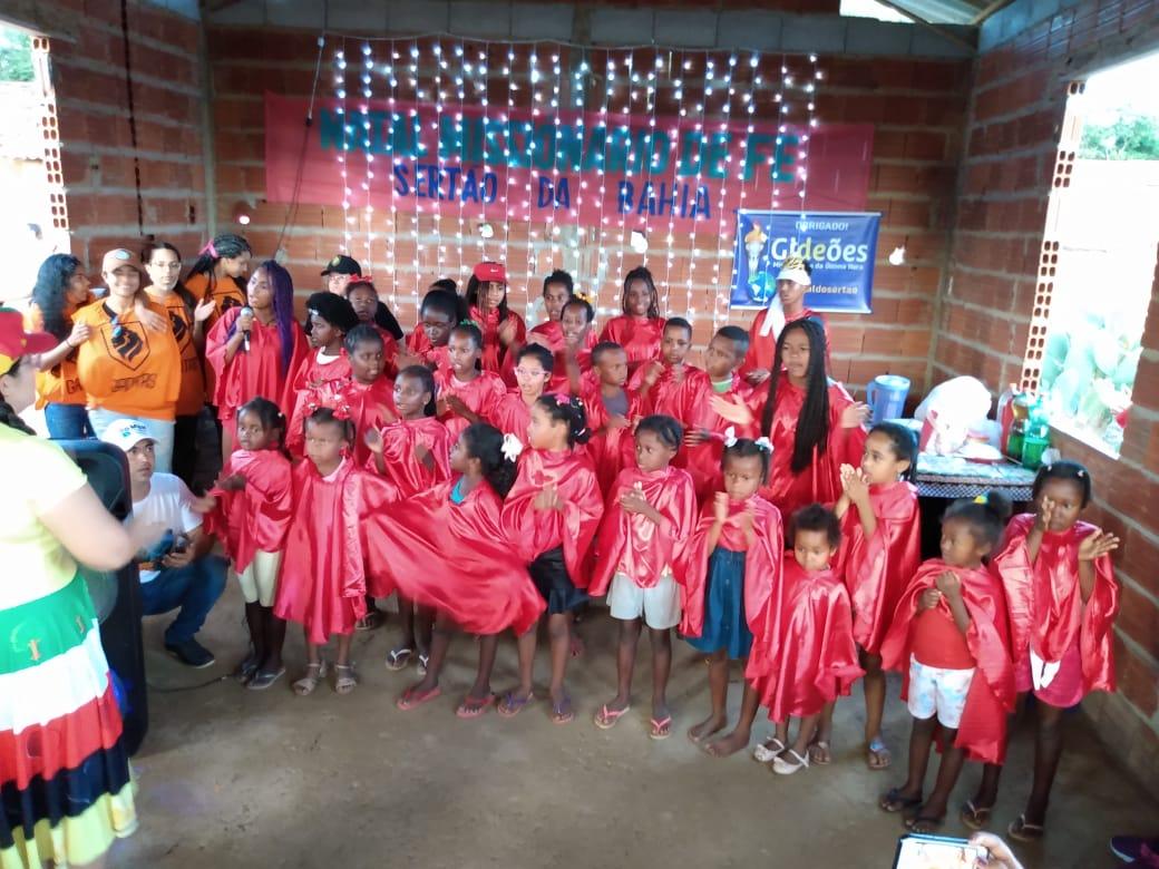 Gideões com parceria do Instituto Tia Jô e Gaditas  realizam o Natal Missionário de Fé no sertão da Bahia